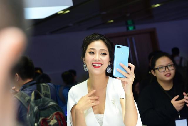 Realme 2 Series chính thức ra mắt, đặt trước ngay tại FPT Shop để nhận ưu đãi cực hấp dẫn - Ảnh 4.