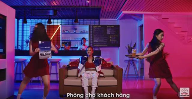 Mê mẩn vũ đạo hip hop trong clip quảng cáo EM60 của Toyota - Ảnh 1.