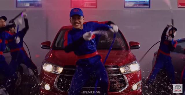 Mê mẩn vũ đạo hip hop trong clip quảng cáo EM60 của Toyota - Ảnh 2.