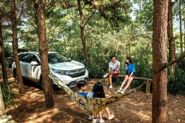 Du lịch cuối tuần bằng xe gia đình, chọn Honda CR-V - Ảnh 1.