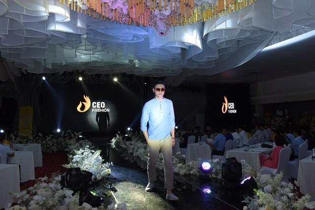 Tập đoàn CEO Việt Nam tổ chức Fashion show nhân ngày Doanh nhân Việt Nam - Ảnh 8.