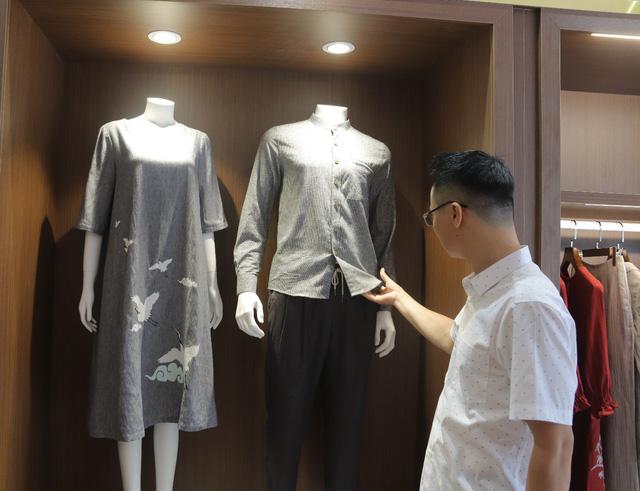 Tập đoàn CEO Việt Nam tổ chức Fashion show nhân ngày Doanh nhân Việt Nam - Ảnh 1.