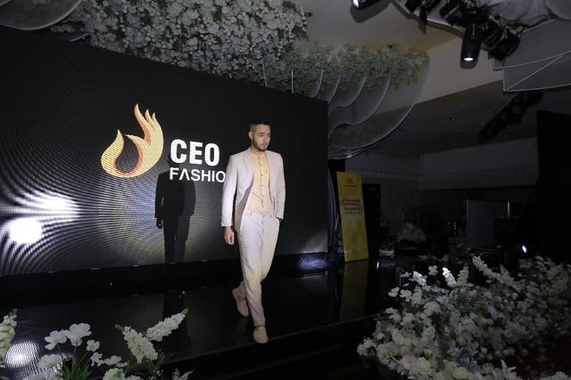 Tập đoàn CEO Việt Nam tổ chức Fashion show nhân ngày Doanh nhân Việt Nam - Ảnh 3.