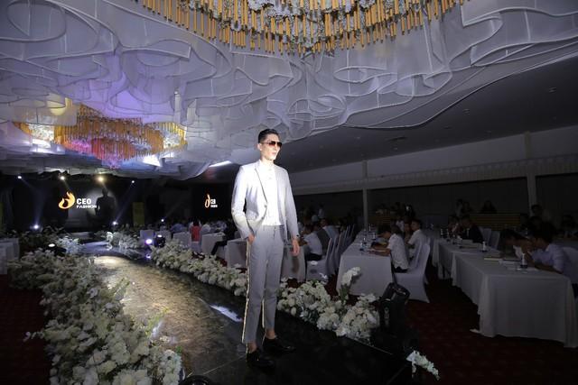 Tập đoàn CEO Việt Nam tổ chức Fashion show nhân ngày Doanh nhân Việt Nam - Ảnh 4.
