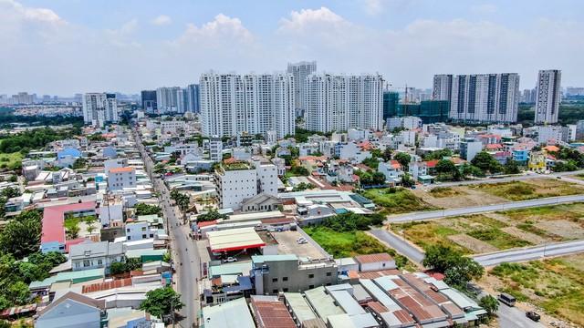Quỹ đất TP.HCM siết chặt, xu hướng đầu tư ngược về phía Nam Sài Gòn - Ảnh 1.  Quỹ đất TP.HCM siết chặt, xu hướng đầu tư ngược về phía Nam Sài Gòn photo 1 15719905218062103447324