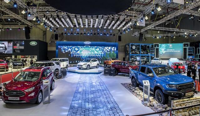 Xe gầm cao của Ford tạo dấu ấn đậm nét tại Triển lãm Ô tô Việt Nam 2019 - Ảnh 1.