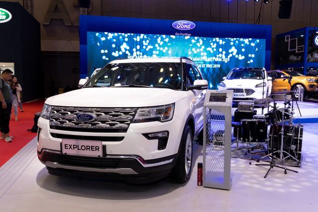 Xe gầm cao của Ford tạo dấu ấn đậm nét tại Triển lãm Ô tô Việt Nam 2019 - Ảnh 3.