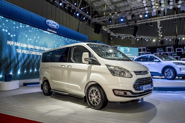 Xe gầm cao của Ford tạo dấu ấn đậm nét tại Triển lãm Ô tô Việt Nam 2019 - Ảnh 5.