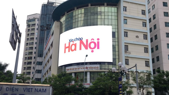 Chỉ trong 3 ngày hình ảnh OPPO Reno2 series phủ sóng khắp Việt Nam - Ảnh 3.