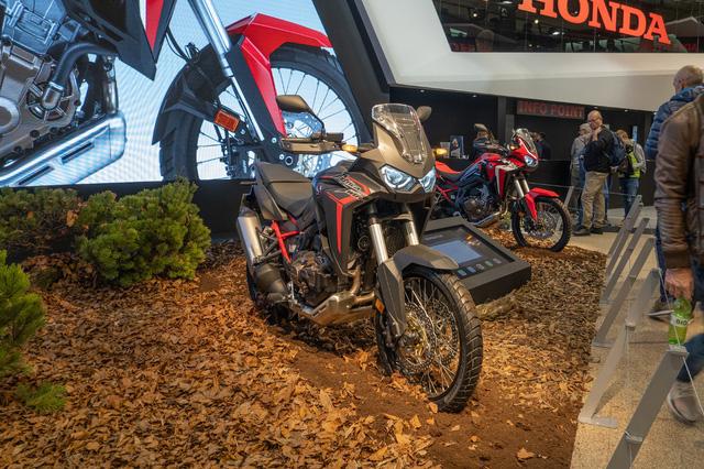 Chiêm ngưỡng 5 xe máy mới của Honda ra mắt tại EICMA 2019 - Ảnh 3.