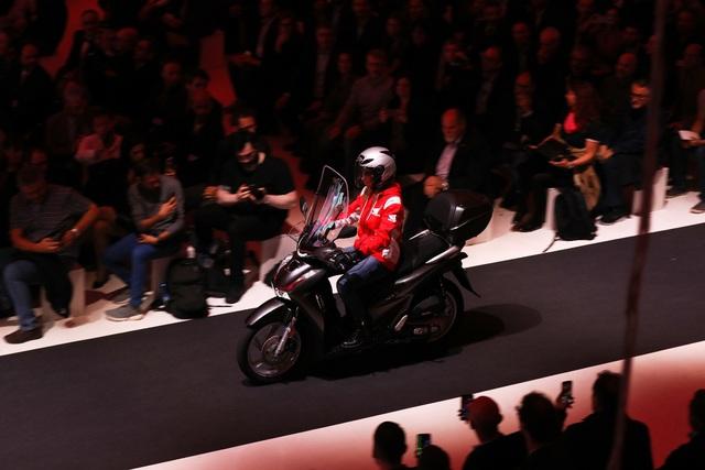 Chiêm ngưỡng 5 xe máy mới của Honda ra mắt tại EICMA 2019 - Ảnh 5.