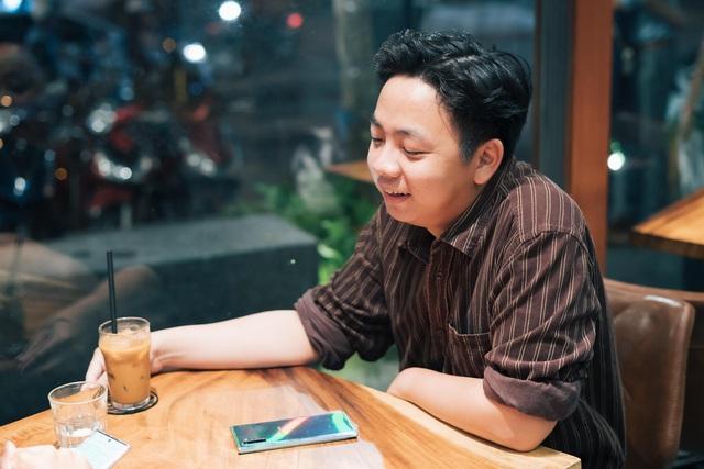 Nghe hai iFan lâu năm chia sẻ câu chuyện dám thay đổi với Galaxy Note10 - Ảnh 1.