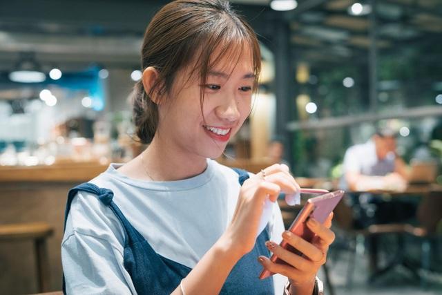 Nghe hai iFan lâu năm chia sẻ câu chuyện dám thay đổi với Galaxy Note10 - Ảnh 3.