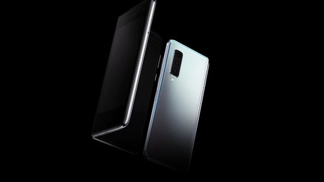 Galaxy Fold - biểu tượng mới của smartphone siêu cao cấp ở Việt Nam - Ảnh 4.