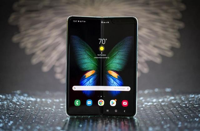 Mức giá là một chuyện, Galaxy Fold sẽ là smartphone dành cho giới thượng lưu nhờ những điểm khác biệt - Ảnh 4.