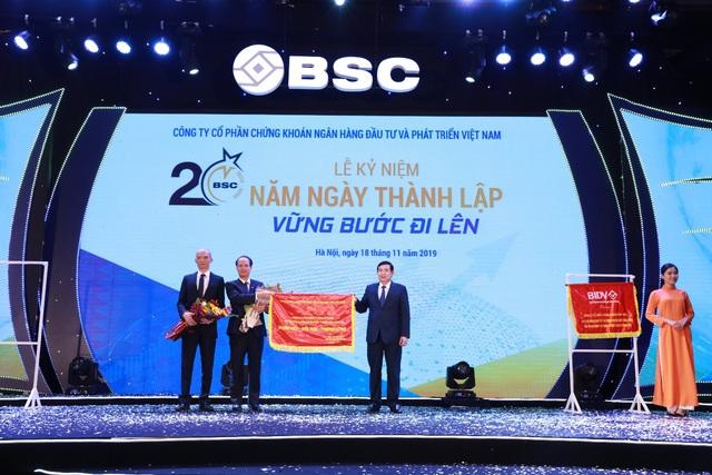 BSC: Hành trình 20 năm vững bước đi lên - Ảnh 1.