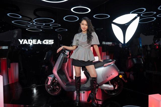 """Vừa ra mắt MV, Phương Ly và Rhymastic thổi bùng sân khấu với bản hit mới tại sự kiện ra mắt xe điện """"siêu to khổng lồ"""" - Ảnh 5."""