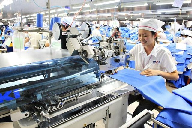 Thương hiệu thời trang mang tham vọng đưa sản phẩm Việt ra nước ngoài - Ảnh 1.