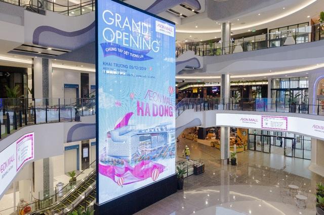 Trung tâm thương mại Nhật Bản có quy mô hàng đầu Hà Nội chính thức khai trương với chiến lược sống xanh - Ảnh 2.