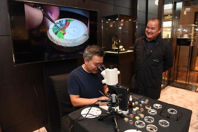 Jaquet Droz ra mắt đồng hồ Vịnh Hạ Long độc bản tại workshop nghệ thuật tiểu họa - Ảnh 9.