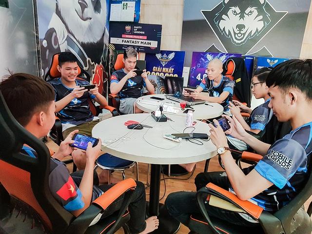 Gặp gỡ VEC Fantasy Main trước ngày khai trận giải Mobile Legends: Bang Bang World Championship 2019 – M1 - Ảnh 1.