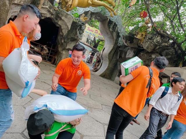 Địa ốc Long Phát thiện nguyện tại chùa Kì Quang 2 - Ảnh 2.