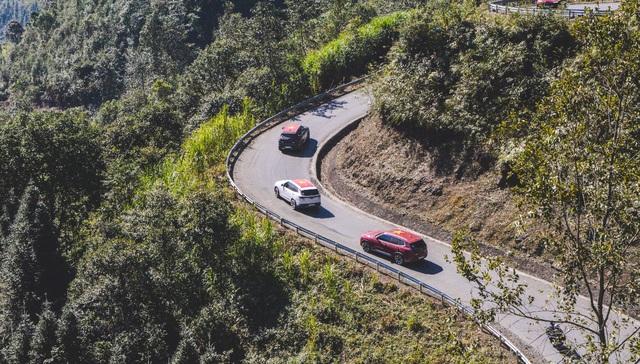 (SỐNG) 3 ngày rong ruổi 1.000km chinh phục Hà Giang của gần 100 xe VinFast: Gắn chặt những biểu tượng - Ảnh 11.