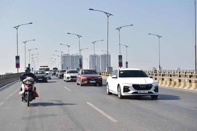 (SỐNG) 3 ngày rong ruổi 1.000km chinh phục Hà Giang của gần 100 xe VinFast: Gắn chặt những biểu tượng - Ảnh 6.
