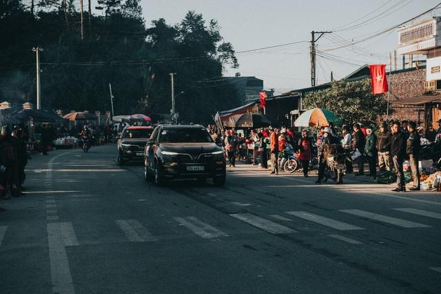 (SỐNG) 3 ngày rong ruổi 1.000km chinh phục Hà Giang của gần 100 xe VinFast: Gắn chặt những biểu tượng - Ảnh 8.