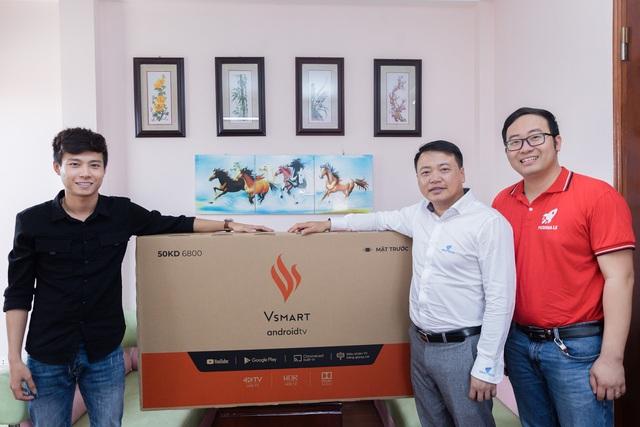 Start-up chơi lớn tặng 1000 tivi Vsmart cho khách hàng khi vừa được Shark Bình rót vốn 10 tỷ - Ảnh 3.