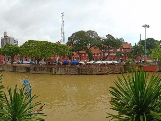 Thành phố cổ Melaka ở Malaysia có gì mà vạn người mê? - Ảnh 2.
