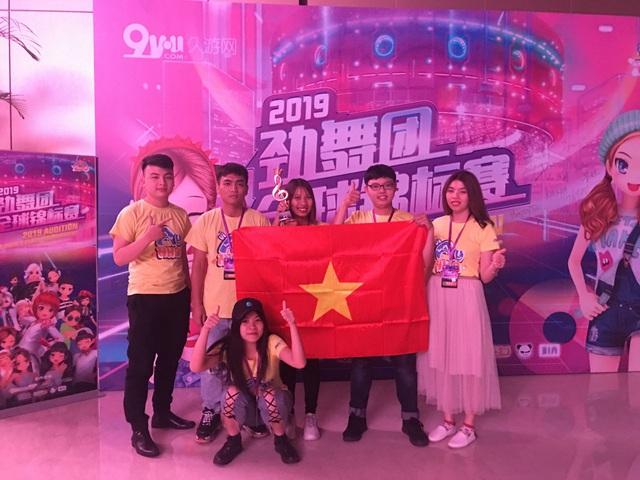 VTC Game bứt tốc cuối năm 2019: Laplace M vẫn trụ vững TOP đầu Appstore, đội tuyển Audition Việt Nam giành giải Ba cúp thế giới - Ảnh 4.