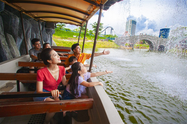 Những ẩn số đứng sau sự tăng trưởng của du lịch Quảng Ninh - Ảnh 1.