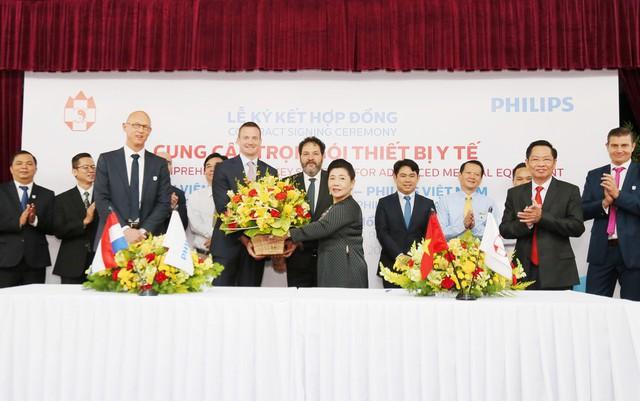 Philips Việt Nam ký kết thỏa thuận hợp tác với bệnh viện đa khoa Hồng Đức - Ảnh 1.