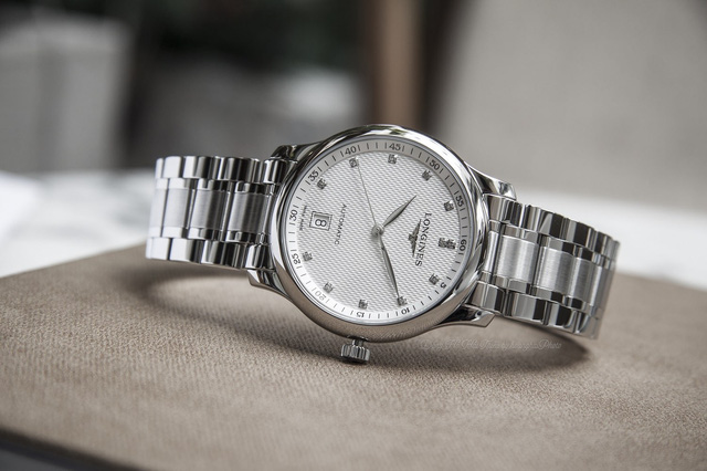 5 mẫu đồng hồ Longines chính hãng bán chạy tại Việt Nam - Ảnh 4.