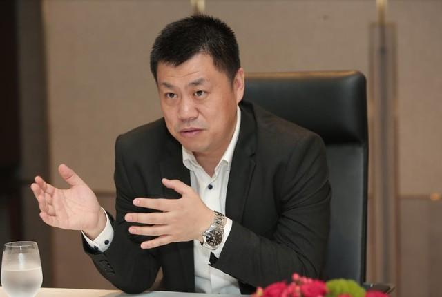 """TGĐ Nhóm Kinh Doanh & Tiêu dùng Huawei VN: """"Để có được chữ Leica trên P30/P30 Pro như này không phải là điều đơn giản"""" - Ảnh 1."""