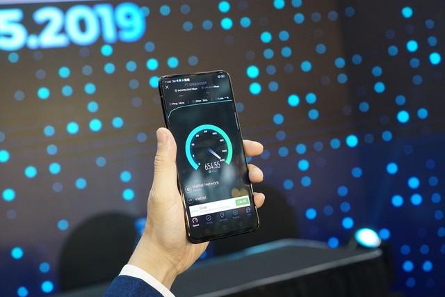 Viettel vừa sử dụng điện thoại OPPO để thử nghiệm 5G đầu tiên tại Việt Nam - Ảnh 3.
