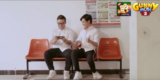 """MV """"Chuyện chàng ngố cận"""" gây sốt trong cộng đồng Gunny Mobi - Ảnh 4."""