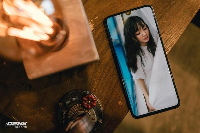 Samsung Galaxy A70: Chiếc smartphone toàn diện nhất trong phân khúc trung cấp - Ảnh 3.
