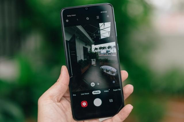 Samsung Galaxy A70: Chiếc smartphone toàn diện nhất trong phân khúc trung cấp - Ảnh 4.