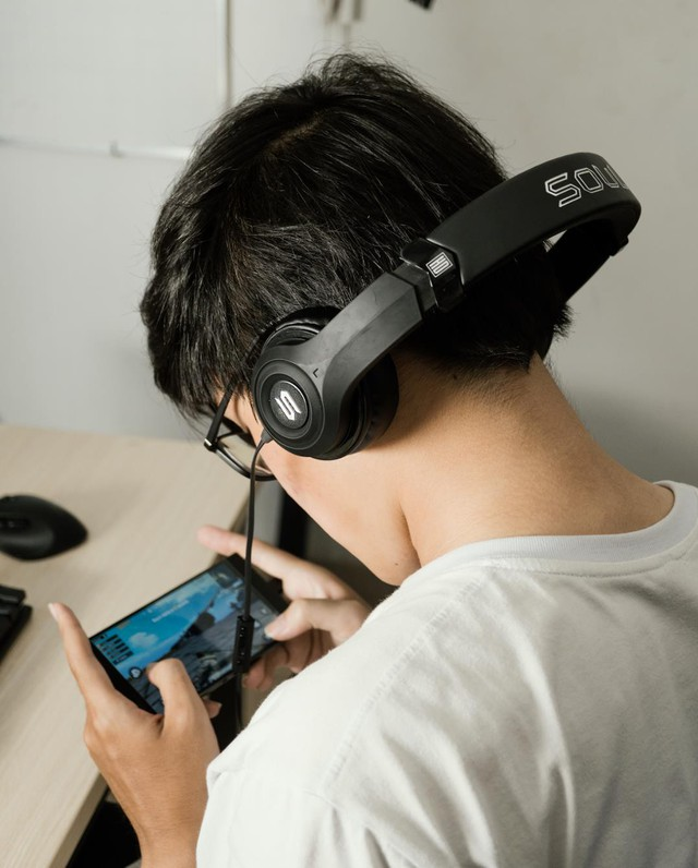 Hunting sale gaming headset fever social network, has been introduced by Viruss streamer - Photo 3.