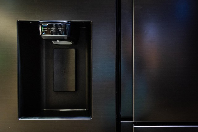 From how to phone, TV, refrigerator, how does Samsung revolutionize electronics design? - Photo 3.