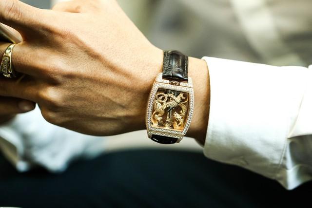 Boss Luxury phân phối đồng hồ Corum chính hãng uy tín - Ảnh 2.