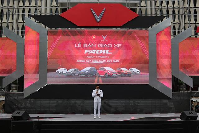 VinFast bàn giao hàng trăm xe Fadil, lập kỷ lục tại Việt Nam - Ảnh 3.
