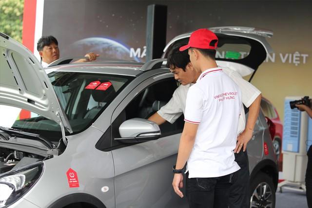 VinFast bàn giao hàng trăm xe Fadil, lập kỷ lục tại Việt Nam - Ảnh 8.