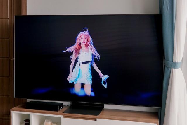 Quick experience QLED 4K TV Q90R: worth choosing in the high-end TV segment - Photo 2.