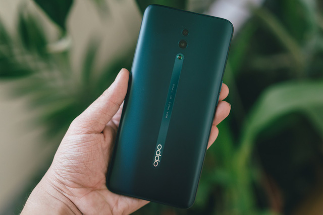 """The reasons why OPPO Reno becomes an entertainment smartphone are """"worth every penny"""" - Photo 2."""