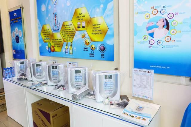 Không gian trải nghiệm thiết bị sản xuất nước ion kiềm trong gia đình thông minh của Nhật Bản ra mắt tại Việt Nam - Ảnh 2.