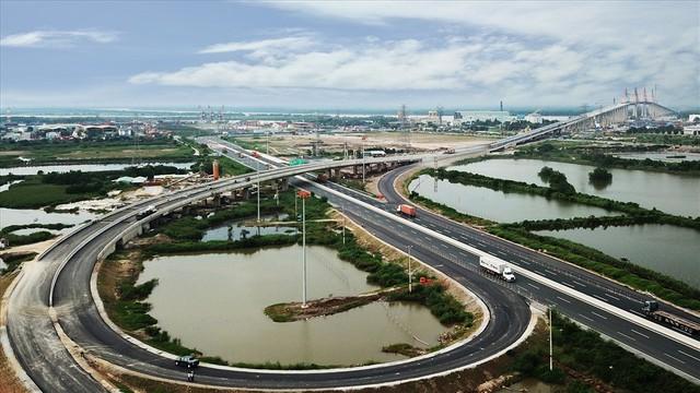Điểm danh 5 lợi thế khiến bất động sản Quảng Ninh tiếp tục thăng hạng - Ảnh 1.