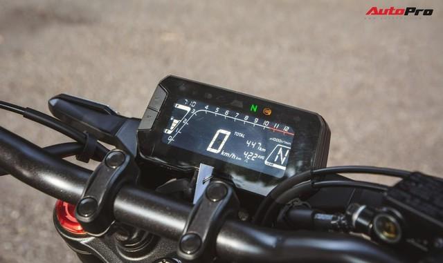 Đánh giá Honda CB150R giá 105 triệu đồng: Đây là lý do xe tự tin định giá đắt hàng đầu phân khúc - Ảnh 5.